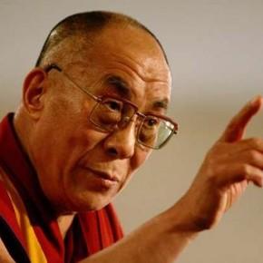 Dalaï-lama: «Je suis un marxiste en robe bouddhiste»