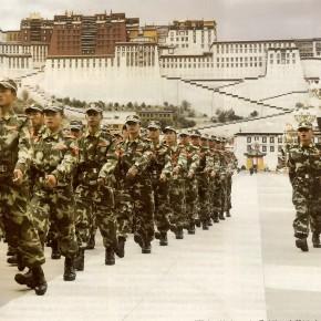 Le Tibet sous la botte