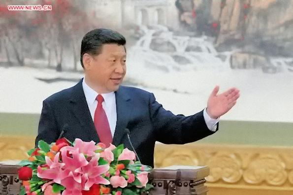 Xi Jinping présentant ses six «collègues» du Comité permanent du Politburo