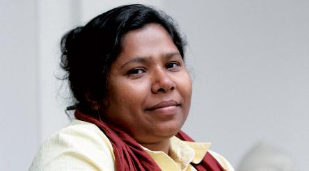 Kalpona Akter, ouvrière dans un atelier de confection
