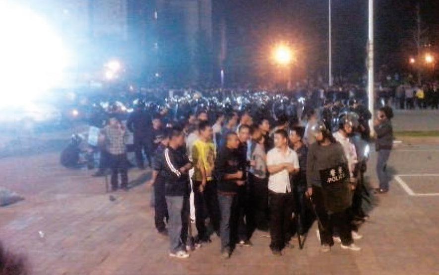Émeute ouvrière sur le site de l'usine Foxconn de Taiyuan (dans la province de Shanxi), le 24 septembre