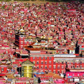 Larong gar, le monastère aux 25 000 nonnes